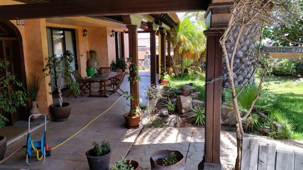 Casa de vacaciones casa estilo colonial espa a cho for Estilo colonial