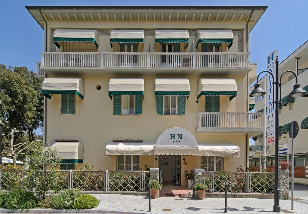 Hotel nettuno r servation gratuite sur viamichelin for Reserver hotel et payer sur place