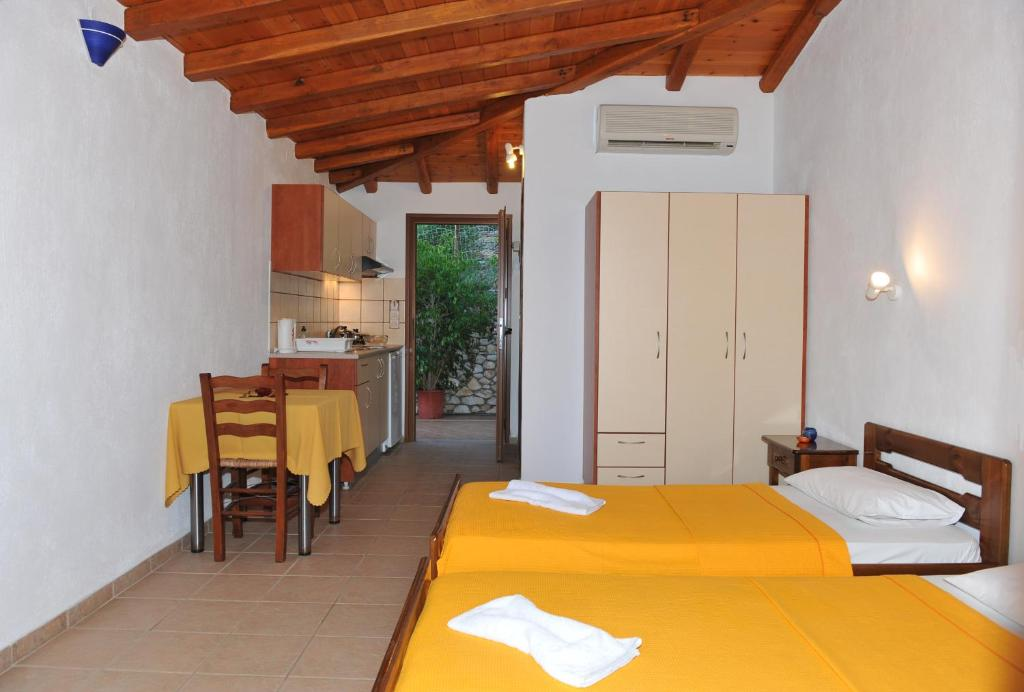 villa maraki ferienh user agia paraskevi. Black Bedroom Furniture Sets. Home Design Ideas