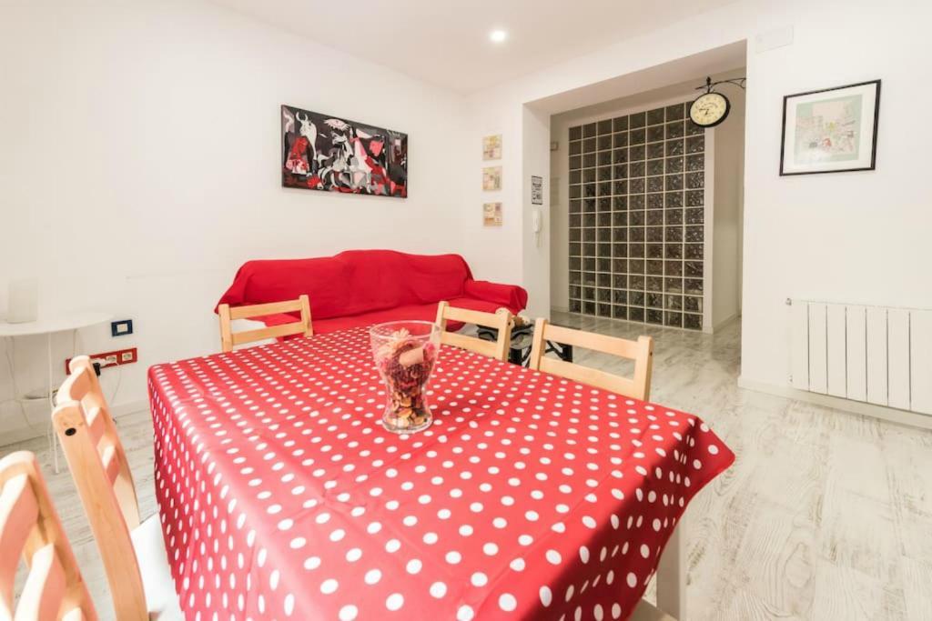 Apartamento condes de barcelona espa a madrid for Alojamiento en barcelona espana