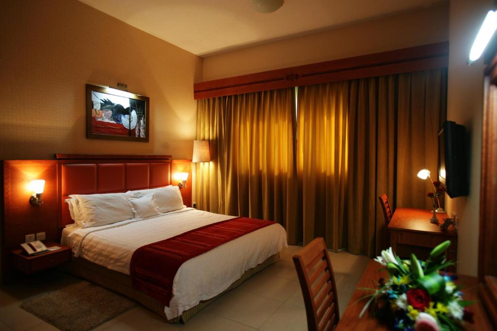 Dubai winchester deluxe hotel apartments dubai hotels for Nice hotels in dubai