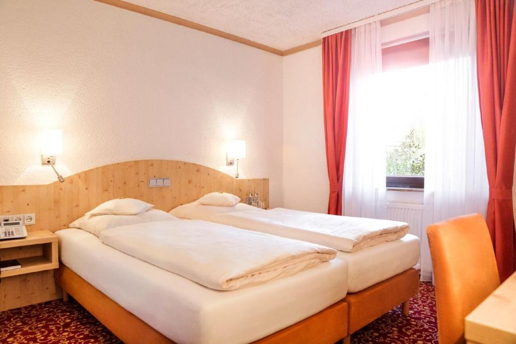 landhaus d rkop wolfenb ttel online booking viamichelin. Black Bedroom Furniture Sets. Home Design Ideas
