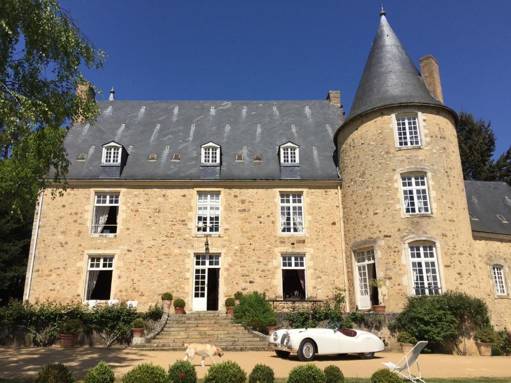 Chateau de vaux chambres d 39 h tes yvr l 39 ev que for Constructeur de maison sarthe