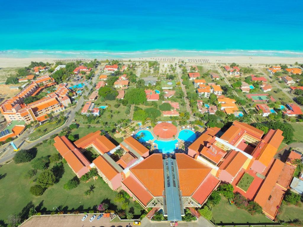 Uma vista aérea de Be Live Experience Varadero