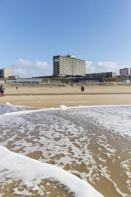 beachhotel zandvoort by center parcs zandvoort. Black Bedroom Furniture Sets. Home Design Ideas