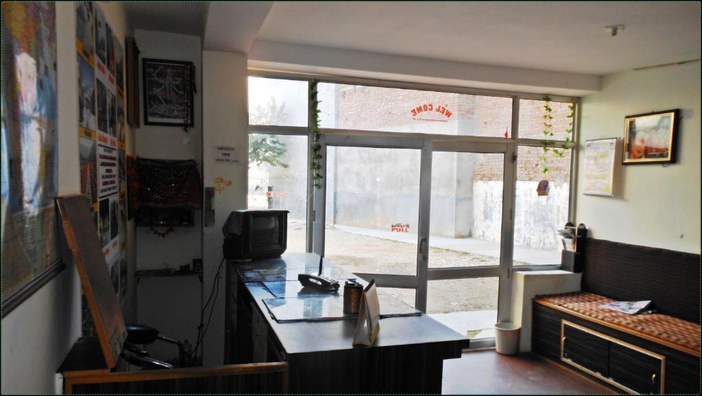 Shradhalu Niwas Jammu Reserva Tu Hotel Con Viamichelin