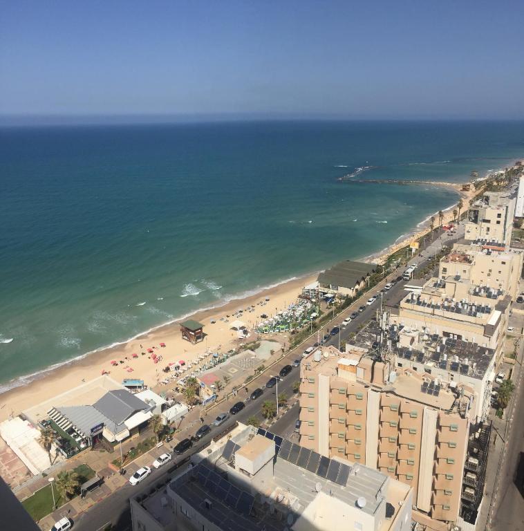 израиль город бат ям фото красная моя, сердце