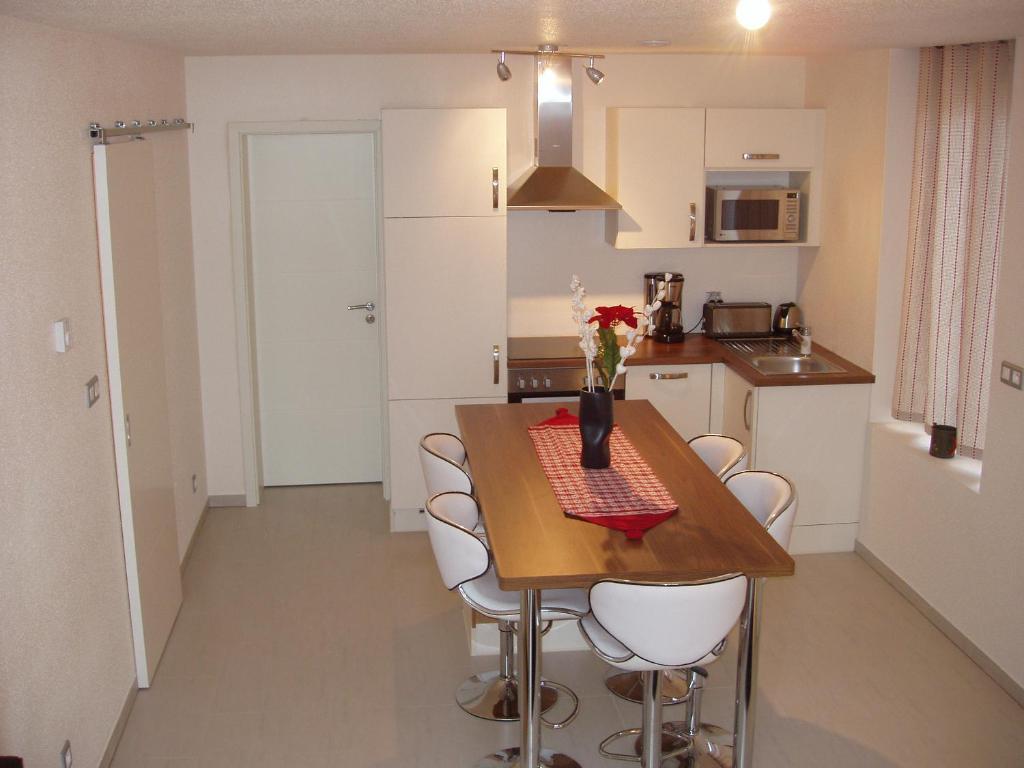 appartements gites du ladhof appartements colmar. Black Bedroom Furniture Sets. Home Design Ideas