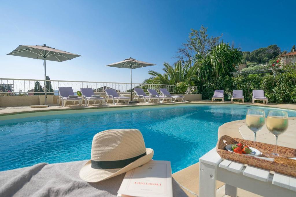 Hotel La Fianc U00e9e Du Pirate Villefranche Sur Mer