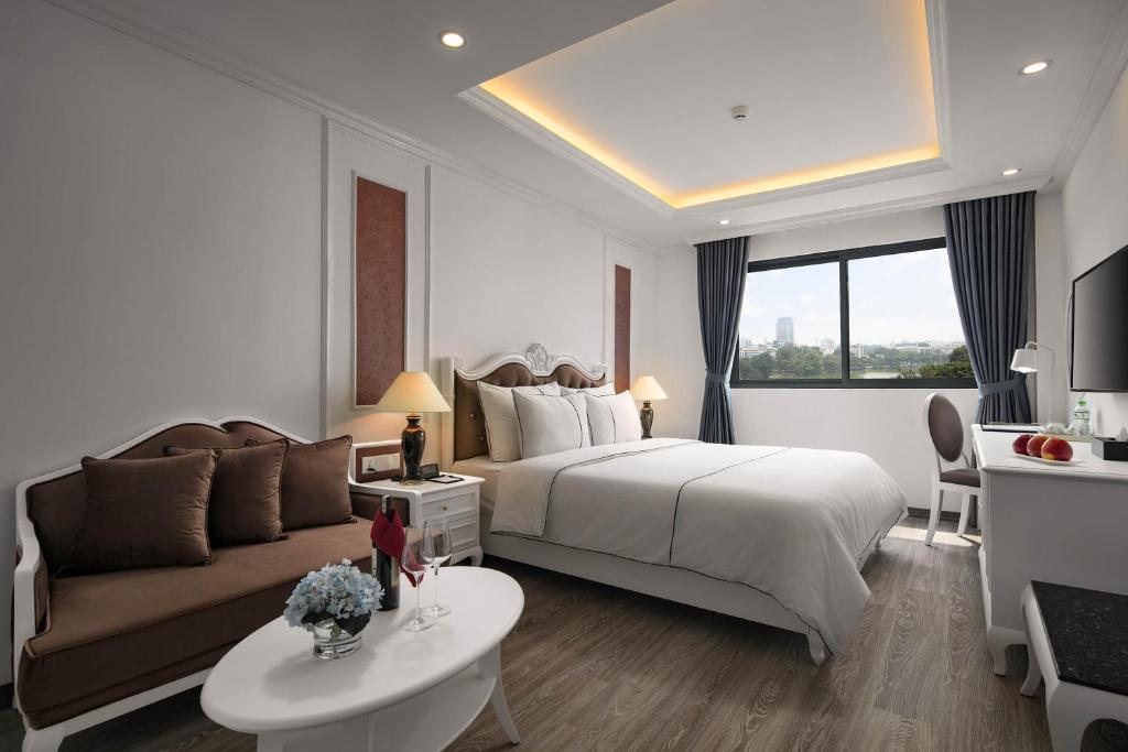 Suite Executive Nhìn Ra Hồ