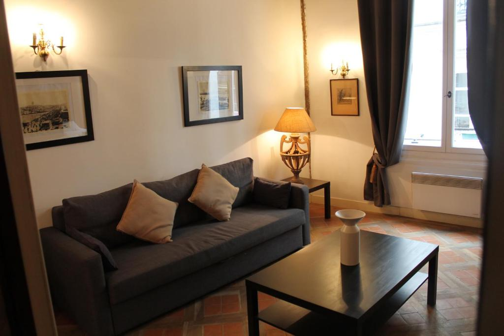 Gregoire apartment paris book your hotel with viamichelin for Hotels 75006