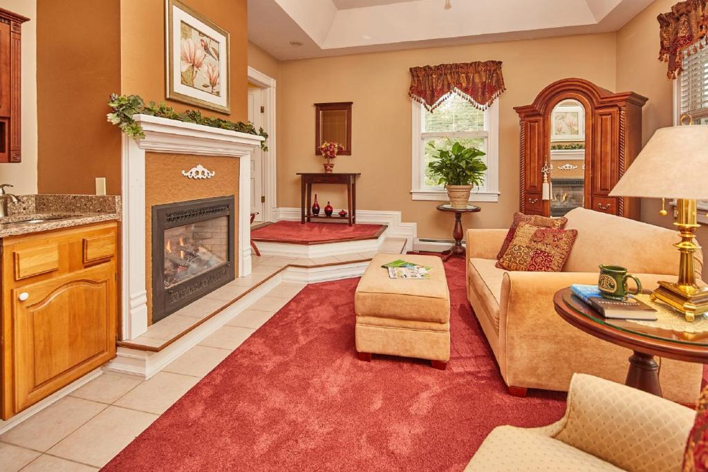 Hotel Rooms In Waynesville Nc