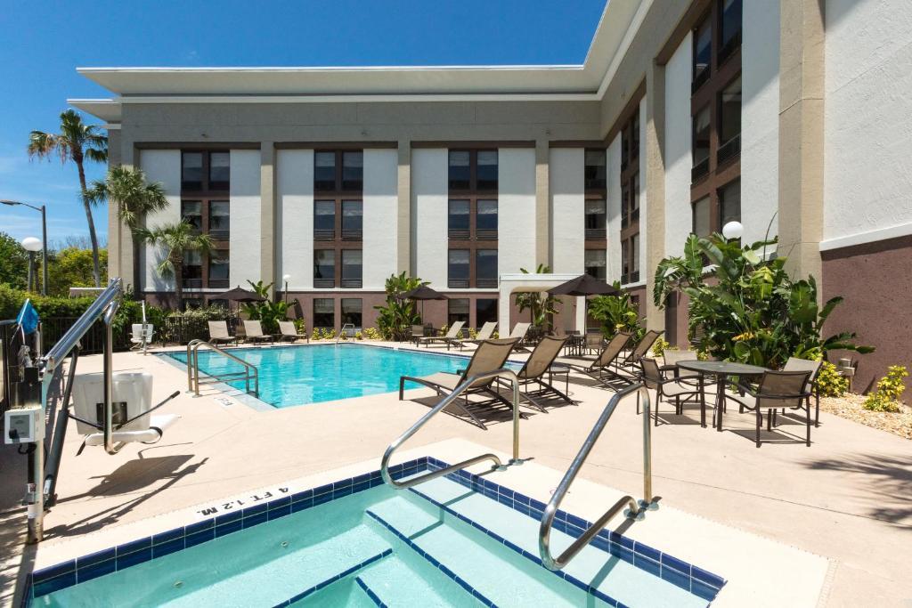 Daytona Beach Hotels With Airport Shuttle