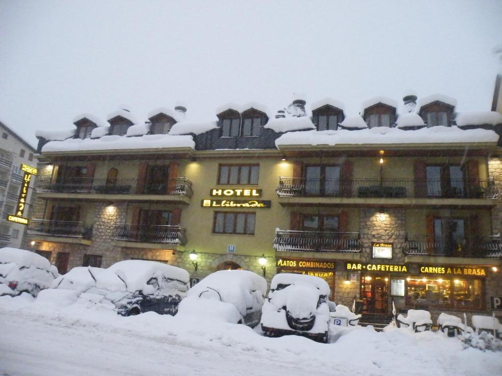 Hotel llibrada benasque book your hotel with viamichelin for Booking benasque