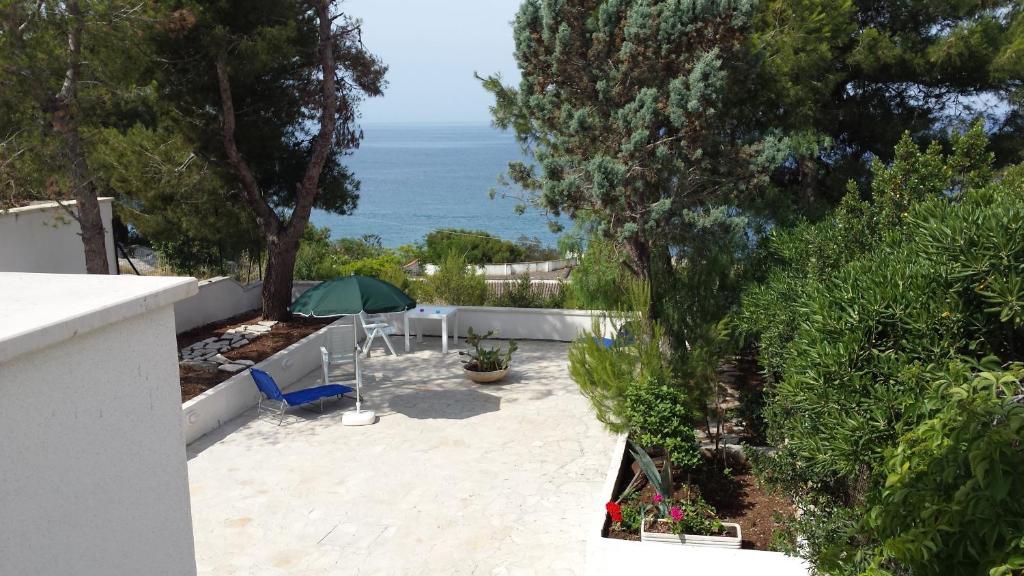 Villa panoramica italia santa maria al bagno - Santa maria al bagno booking ...