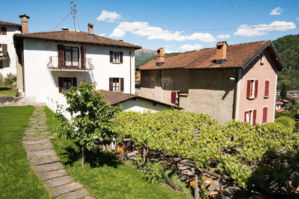 Charme hotel osteria carletti bioggio book your hotel for 64 rustic terrace bristol ct