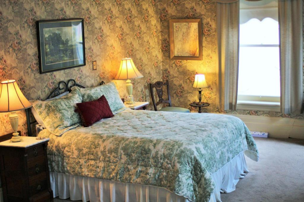 Summerhill Bed And Breakfast Tea Room Port Hope On