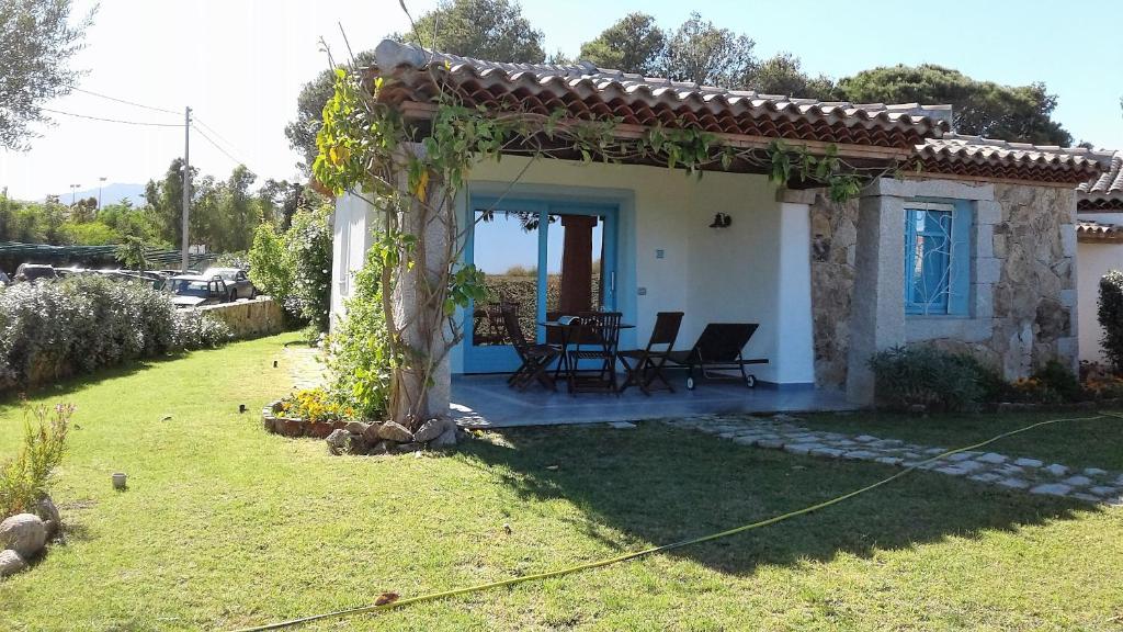Casa vacanze diaz posada book your hotel with viamichelin for Residence agrustos