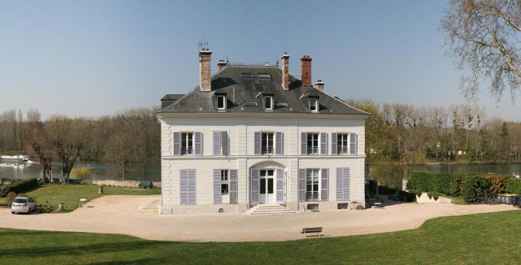 La grande maison chambres d 39 h tes seine port for Chambre d hote la maison