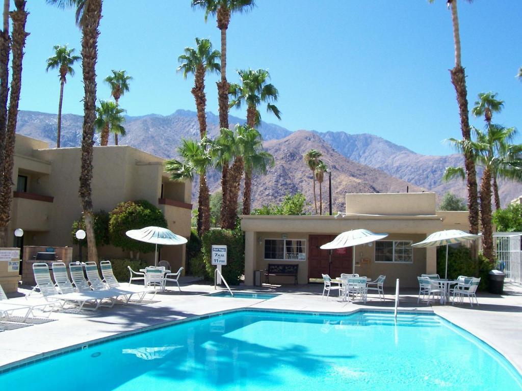 Desert Vacation Villas Palm Springs CA  Bookingcom