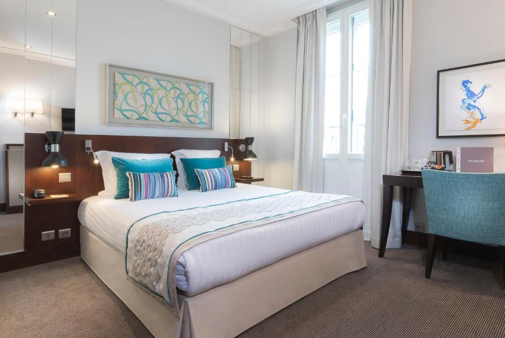 Montfleuri paris online booking viamichelin for Booking paris hotel
