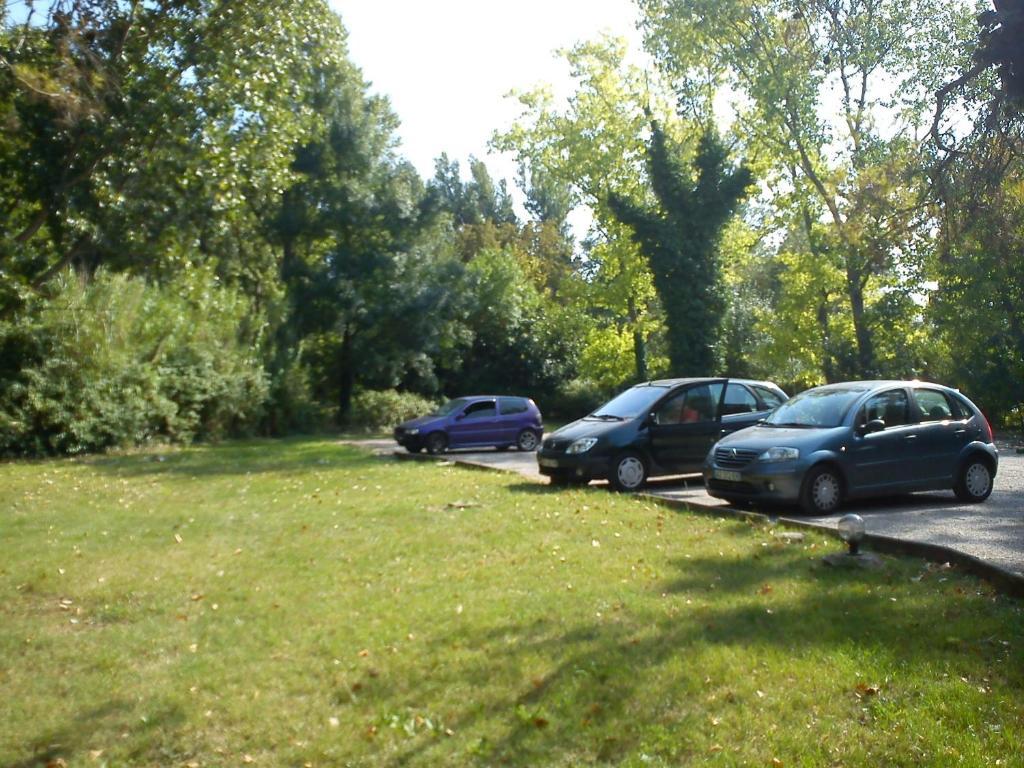 Apartamento Joli Studio Calme Jardin Parking Internet