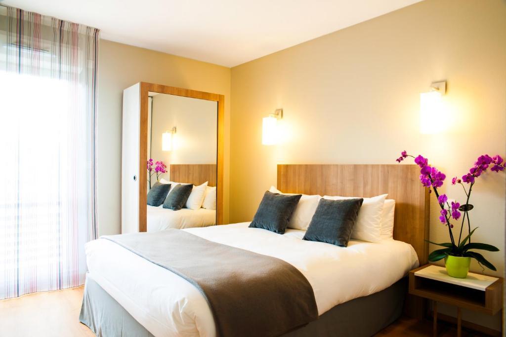 top deals aparthotel toulouse saint michel france. Black Bedroom Furniture Sets. Home Design Ideas