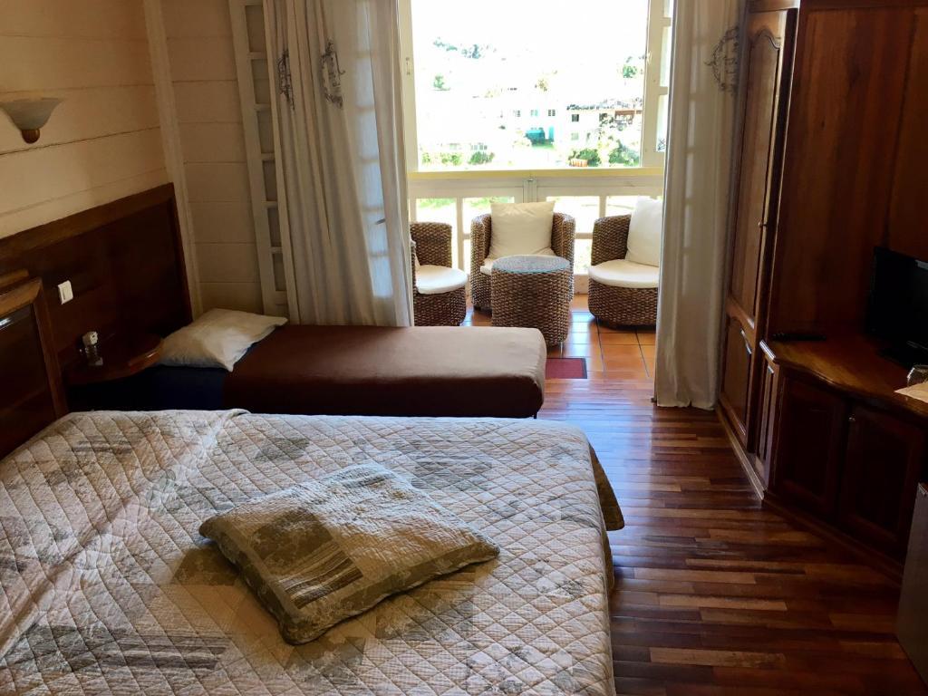Chambres d 39 h tes le bois rouge chambres d 39 h tes cilaos for Chambre hote 974