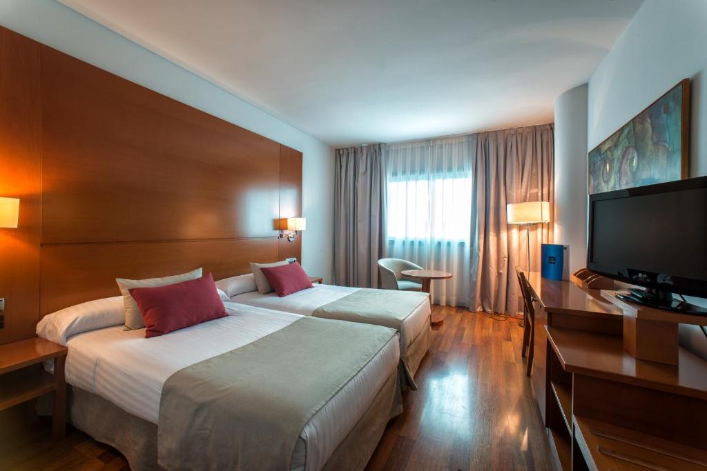 Hotel azarbe murcia informationen und buchungen online for Planificador de habitaciones online