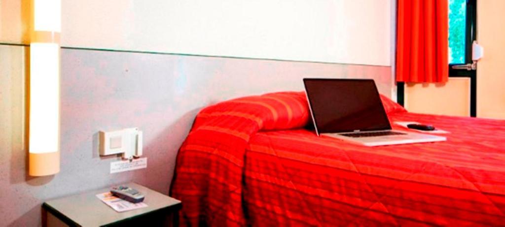 premiere classe lille sud douai cuincy douai informationen und buchungen online viamichelin. Black Bedroom Furniture Sets. Home Design Ideas