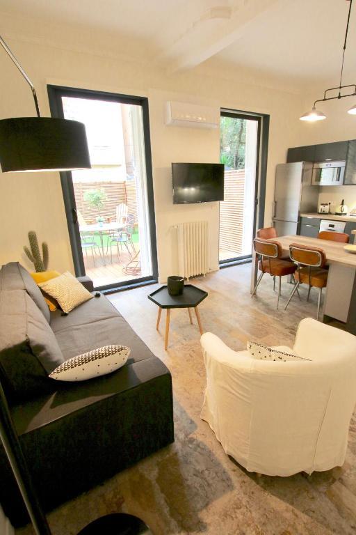 Bel appartement avec jardin hyper centre nice locations for Appartement avec jardin nice