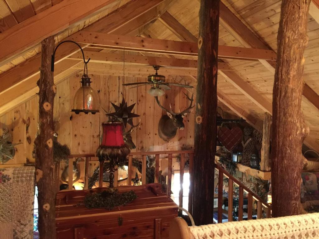 sautee nacoochee black singles Connect with black bear lodge in sautee nacoochee, ga research rehab reviews, awards and drug treatment programs view cost, insurance accepted and bed availability.