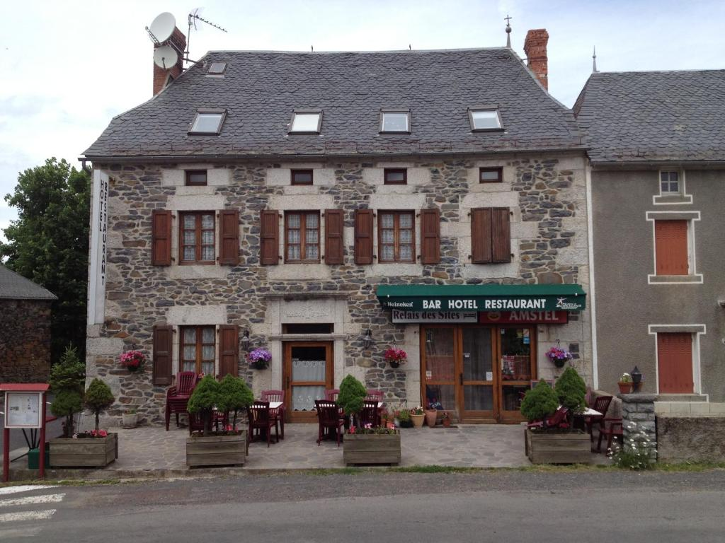 Le relais des sites saint flour book your hotel with for Les sites des hotels