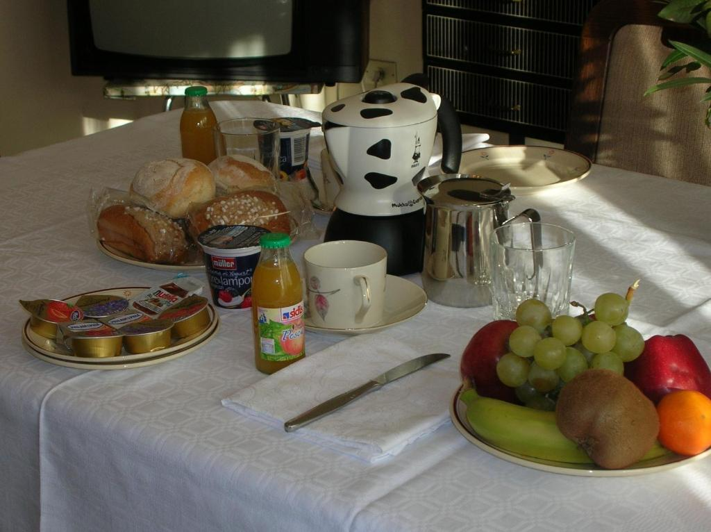 Bed and breakfast groane saronno book your hotel with for How to buy a bed and breakfast