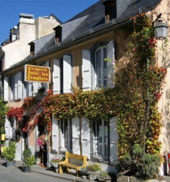 Hotel Saint Andre Sur Orne