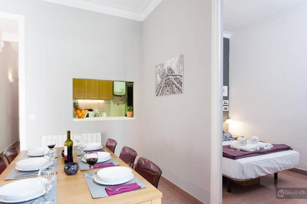 Gowithoh apartamento valencia iv espa a barcelona - Apartamentos en barcelona booking ...