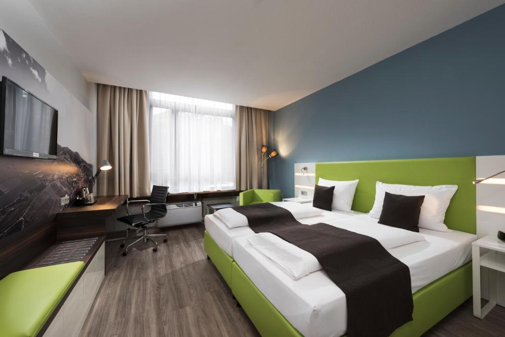 ehm hotel offenburg city offenburg informationen und buchungen online viamichelin. Black Bedroom Furniture Sets. Home Design Ideas
