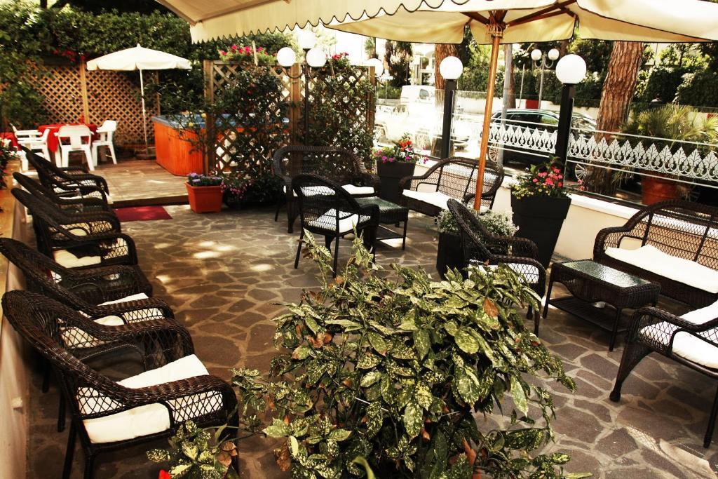 Hotel Santiago Milano Marittima Booking