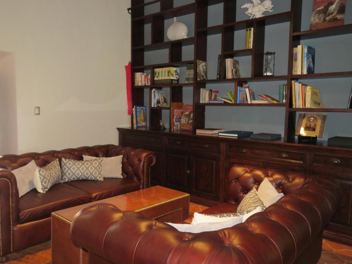 Hacienda Tovares Hotel Del Lago M Xico Cadereyta De Montes  # Muebles Ricardo Montes