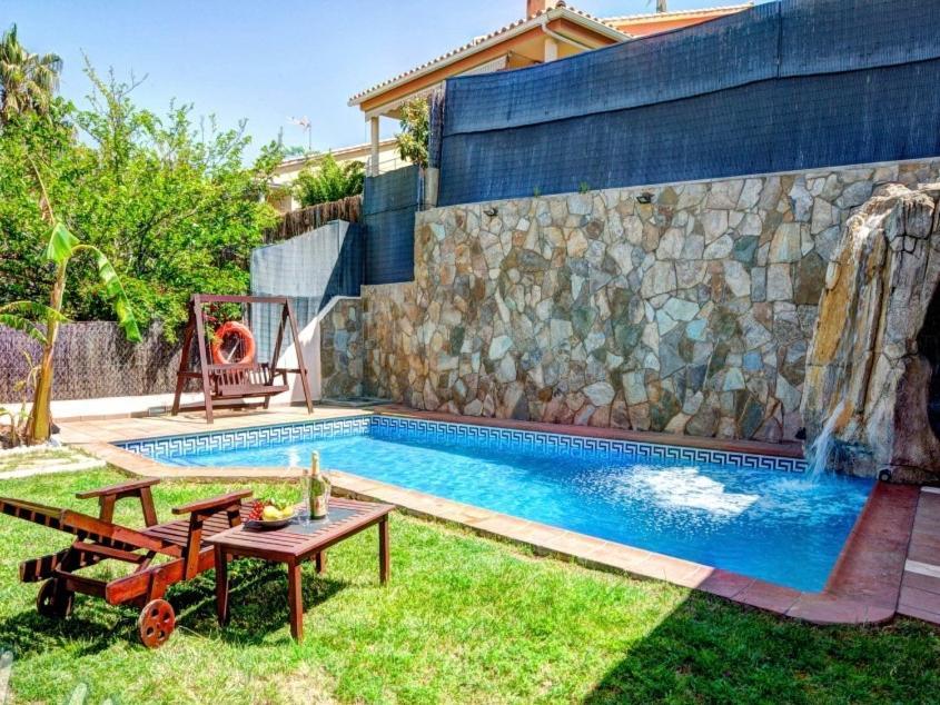 Dreamvila (España Sant Pere de Ribes) - Booking.com
