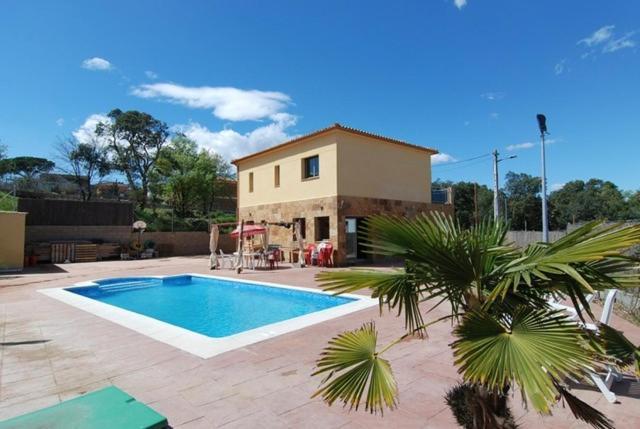Fogars de Tordera Villa Sleeps 8 Pool WiFi (Espanha Fogás de ...