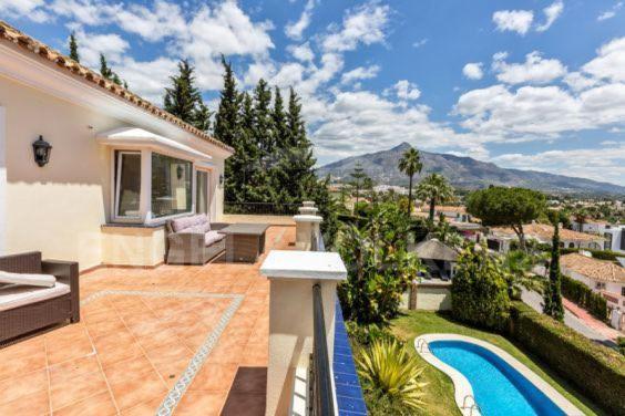 Villa Casa De Azar (Espanha Marbella) - Booking.com