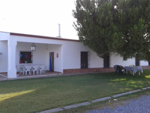 Casa rural la noria (España Los Palacios y Villafranca ...