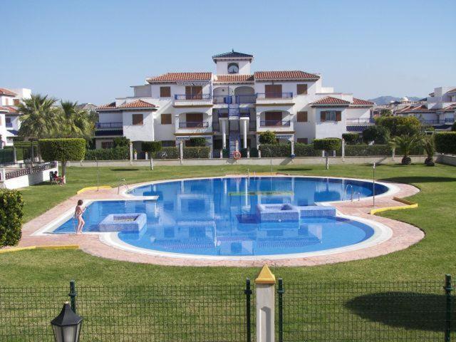 Apartamento en primera línea de playa (España Vera ...