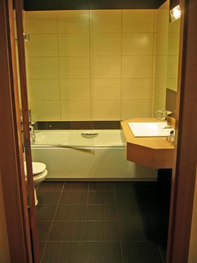 Hotel Villa De Andosilla (Espanha Andosilla) - Booking.com