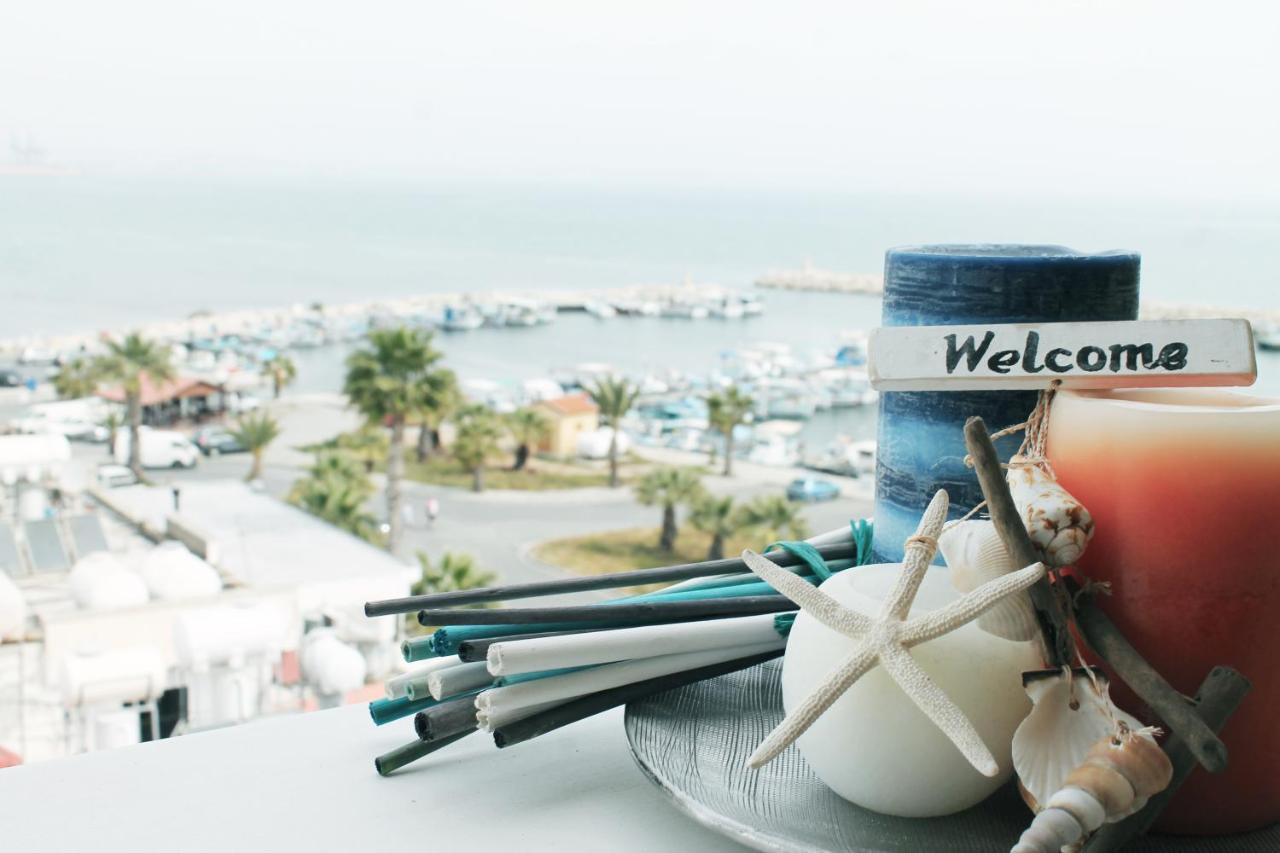 Lazuli Beachfront Apartment 254 (Chipre Lárnaca) - Booking.com