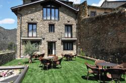Casa Rural La Comella, Major, 7, 25595, Tirvia