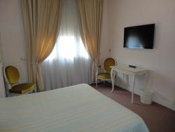 Hotel Chiffre, 50 Rue Sere De Rivieres, 81000, Albi