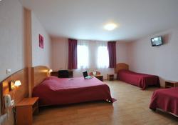 Prim Hotel Reims, 18 rue Rayet Liénart, 51420, Witry-lès-Reims
