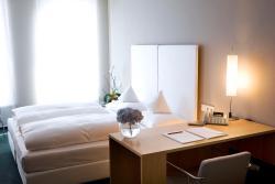 Hotel an der Stadtmauer, An der Mauer 1, 73614, Schorndorf